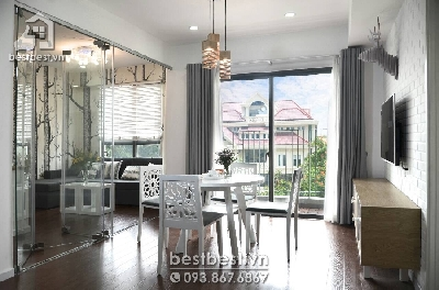 Apartment for rent in District 02 - Masteri Thao Dien . Located on 159 Hanoi Highway street , Thao Dien Ward, District 2, HCMC, nearby Metro An Phu station, 200m to SaiGon river, next to Vincom Shopping Mall District 02. There is good location from which tenants just need few minutes to drive to city center.