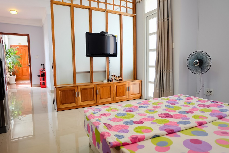 images/upload/serviced-apartment-1-bedroom-price-500-usd-on-nguyen-thi-minh-khai-near-the-zoo_1526628953.jpg